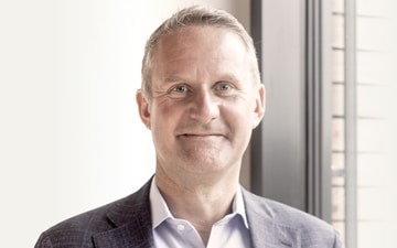 Unternehmen FLS: CHIEF EXECUTIVE OFFICER Dt. Jens Stief